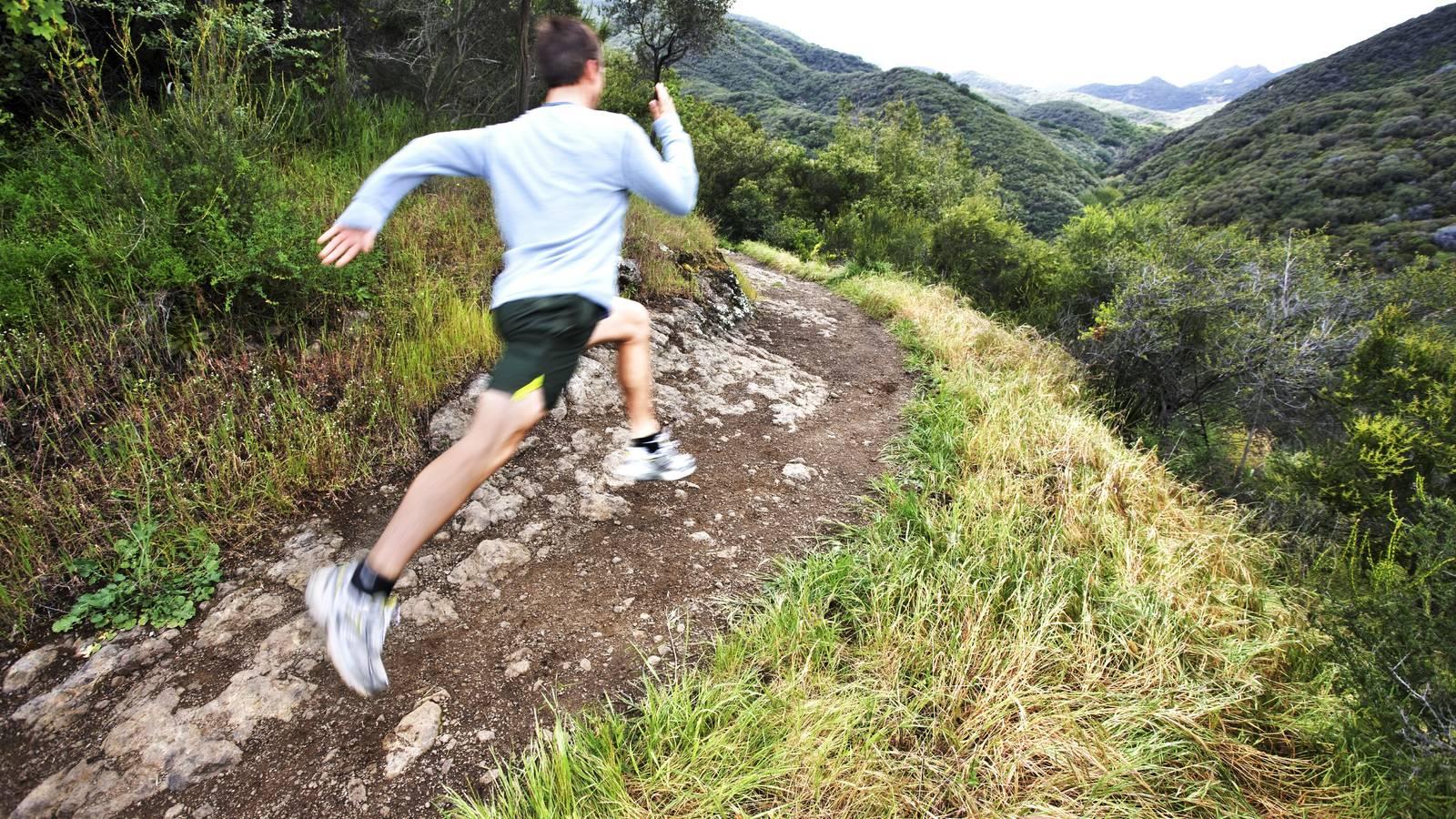 la importancia de los brazos al correr