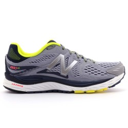 Zapatilla running New Balance M880V6